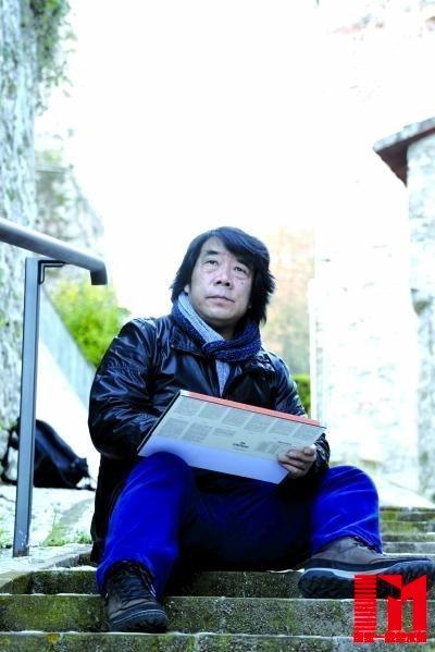 视点  [ 摘要]8月29日,是湖北美术学院新学期开学的日子,刘寿祥一早赶图片